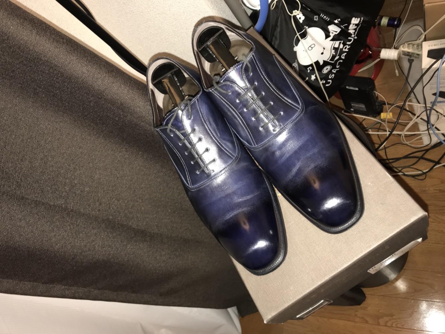 【靴磨き】つま先の皮がえぐれた靴をSaphirのワックスで完璧以上に修復してみた
